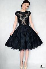 Šaty - Koktejlové celokrajkové šaty rôzne farby - 6330577_