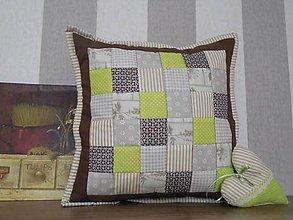 Úžitkový textil - Patchwork vankúš patchwork čokoládovo- zelený rôzne veľkosti - 6338490_