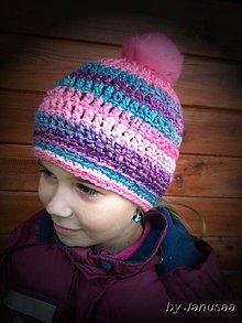 Detské čiapky - Háčkovaná čiapka s kožušinovým brmbolcom SKLADOM - 6340940_