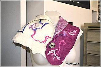 Šály - Bielo-fialový šál s brošňou - 6349930_