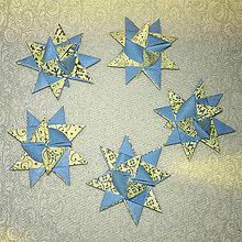 Papiernictvo - Vianočné 3D hviezdy z papiera - krajkové - 6355388_