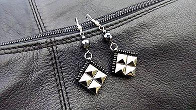 Náušnice - Náušnice ROCK pyramid NIKL mini - 6358037_