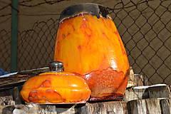 - Váza a dóza oranžové