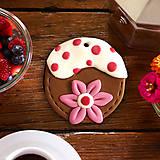 Náhrdelníky - Jahodový kvet na čokoláde - 6369209_
