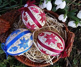 Dekorácie - vyšívané vajíčka, modré, červené - 6370331_