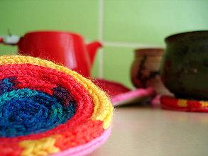 Úžitkový textil - Žiadne stopy na stolíku - 6373430_