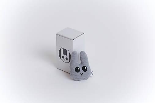 Mini tulkáč zajko v krabičke