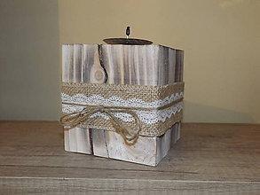 Svietidlá a sviečky - drevený svietnik - 6381361_