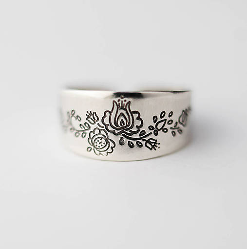 Prstene - Strieborný prsteň - Nitra - 6382631_