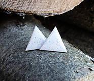 Trojuholníky 20 mm (biele)