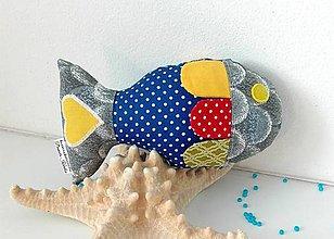 Hračky - farebná rybka - 6415693_