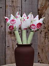Dekorácie - ruže v lupeňoch - 6416645_