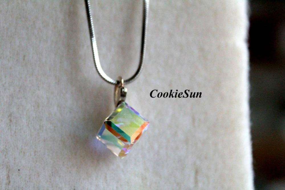 Prívesok Swarovski Cube Crystal AB   CookieSun - SAShE.sk - Handmade ... 2c0d76bf295