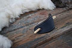 Ozdoby do vlasov - Čierna kožená spona do vlasov - 6424352_