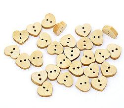 Galantéria - Drevené gombíčky srdiečka (balíček 50ks) - 6426134_