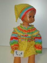 Pletený detský svetrík s čiapočkami
