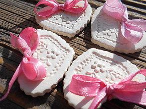 Darčeky pre svadobčanov - svadobné srdiečka/magnet - 6439377_