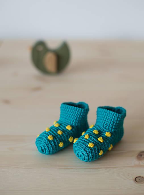 Topánočky - Mini papučky so žltými bodkami - 6448620_