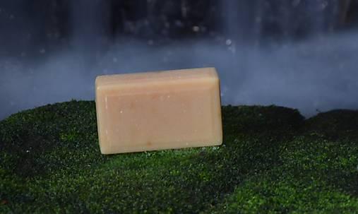 Mliečna cesta, PríRODné mydlo s kozím mliekom, včelím medom, peľom a propolisom