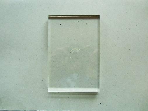 Priehľadný akrylový blok - 10x15x1 cm