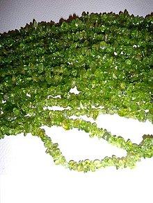 Minerály - peridot-olivín zlomky veľké - 6458427_