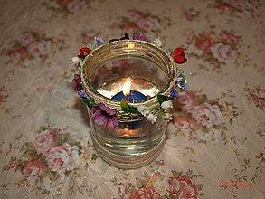 Svietidlá a sviečky - Z kvetov lúk stvorený ... - 6460417_
