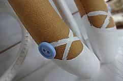 Bábiky - Modrá na drevenom podstavci - 6463321_