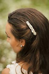 Svadobný perličkový hrebienok do vlasov