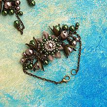 Náramky - Náramok: S kvietkom a perličkami (Natur zeleno-hnedo-bronzový) - 6481461_