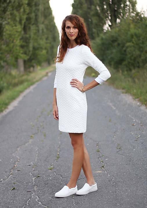 Biele prešívané šaty   ZuzanaZachar - SAShE.sk - Handmade Šaty 3a741342a59