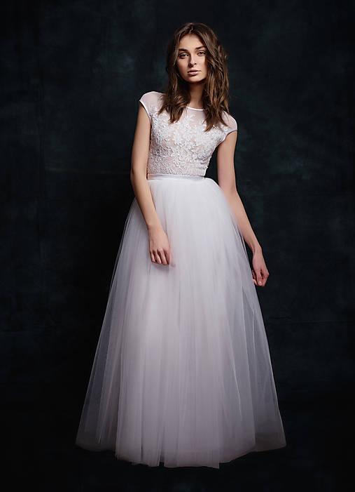 9c300d4de430 Svadobné šaty s velkou tylovou sukňou   Dyona - SAShE.sk - Handmade Šaty