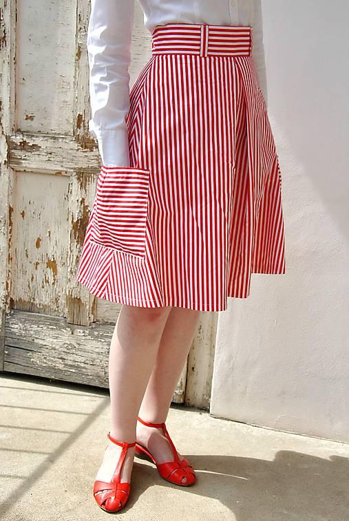 b56bb5e24cb9 Pruhovaná sukně s kapsami   REPARADA - SAShE.sk - Handmade Sukne