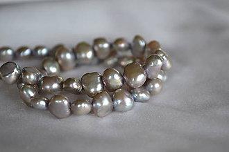Minerály - Riečna perla strieborná 6-7mm, 0.15€/ks - 6496717_