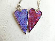 Náhrdelníky - Živicový náhrdelník srdce podľa vlastného výberu - 6509388_