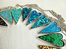 Náhrdelníky - Živicový náhrdelník srdce podľa vlastného výberu - 6509393_