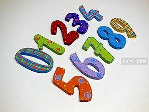 Magnetky - drevené číslice.... - 6508582_