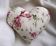 Úžitkový textil - ruže v srdci... - 6514910_