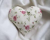 Úžitkový textil - ruže v srdci... - 6514940_