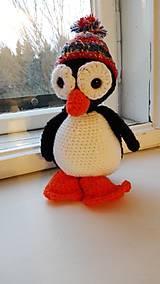 háčkovaný tučniak s čiapočkou
