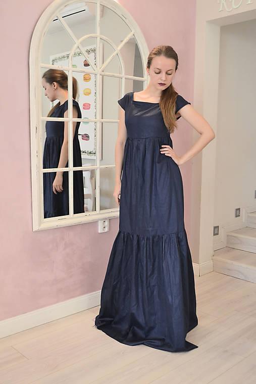Kráľovsky modré šaty