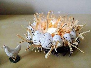 Svietidlá a sviečky - Vajíčkový svietnik - 6527139_