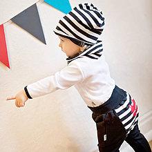 Detské oblečenie - Tepláky (čierne s pruhom) - 6530811_