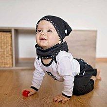 Detské čiapky - Obojstranná čiapka s nákrčníkom (čierno-bodkované) - 6531326_
