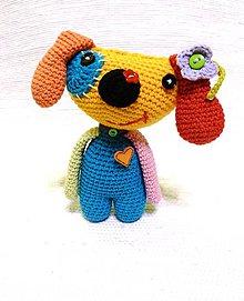 Hračky - Háčkovaný farebný pes - 6538455_