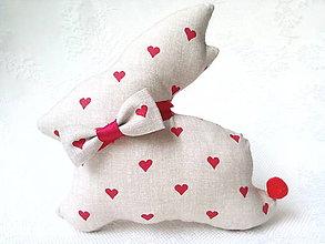 Dekorácie - Elegant bunny in love (beige/red hearts) - 6540877_