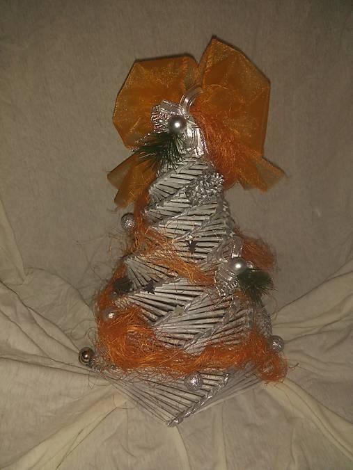 cd253b4d3 Vianočný stromček - papierové pletenie / luciarecicarova - SAShE.sk ...