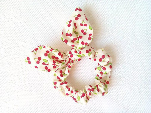 Mini scrunchie (sweet cherries)