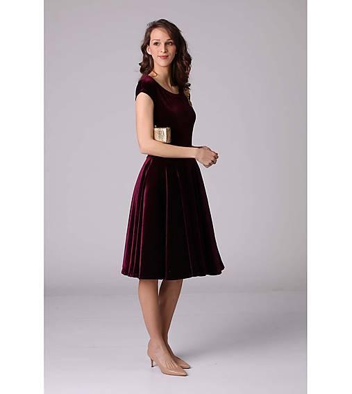 Zamatové šaty Burgundy   ZuzanaZachar - SAShE.sk - Handmade Šaty 04835760a3b