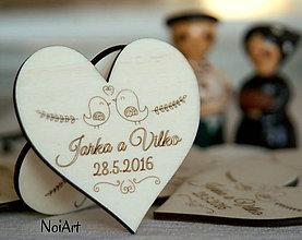 Darčeky pre svadobčanov - Svadobné magnetky Srdiečko s vtáčikmi folk - 6542862_