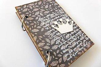 Papiernictvo - zápisník s pierkami - 6543576_